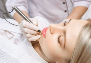 Choisir un salon esthétique de confiance pour son maquillage permanent